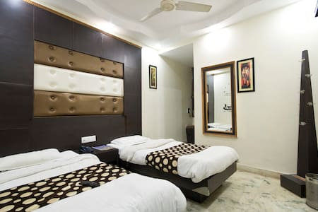 Superior Double AC With Breakfast - Neu-Delhi - Bed & Breakfast