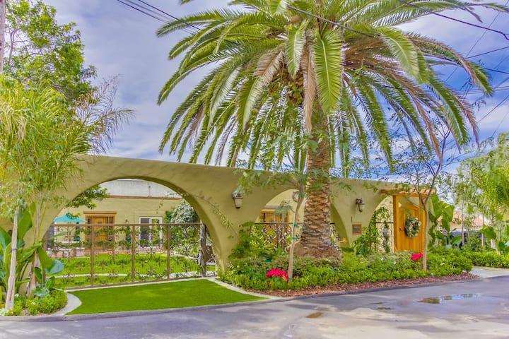 Old Town San Diego Villa!