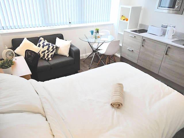 Studio Double Bed apartment