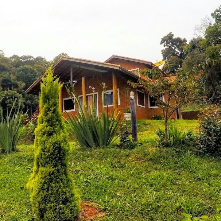 Chalé Guatambú( acesso 4X4 em época  de chuva  )