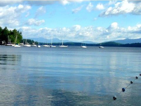 Getaway at beautiful Lake Winnipesaukee!!