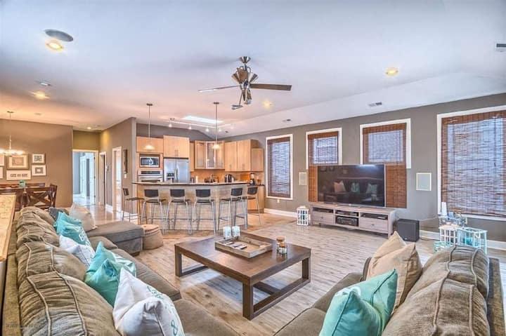 Breathtaking Modern 2 story single home