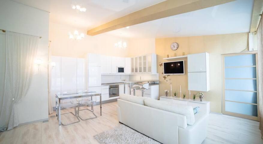 Сдам 2-к квартиру класса Делюкс с балконом - gorod Pervouralsk - Appartement