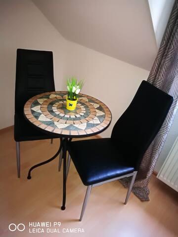 Sitzplatz Zimmer 2