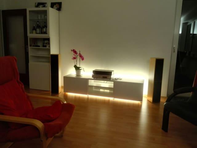 Komfortables Zimmer in ruhiger Stadtrandlage