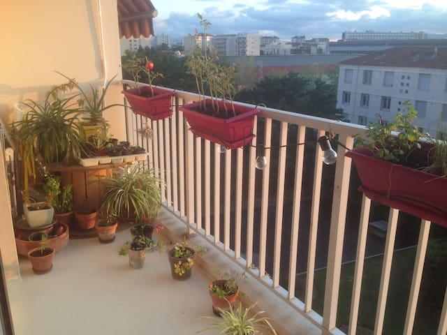 Chambre à Monplaisir - bel appartement avec vue