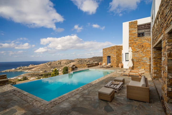 Luxury Cycladic Villa-Infinity Pool-3' from Beach