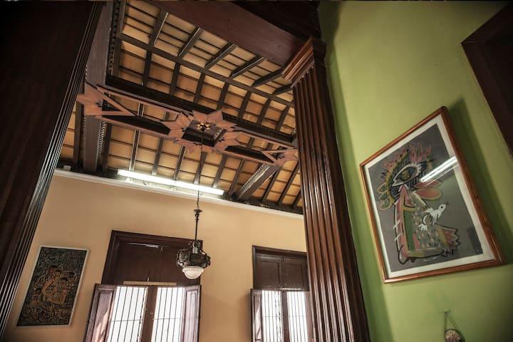 Casa Colonial 1893 (Habitación #2)