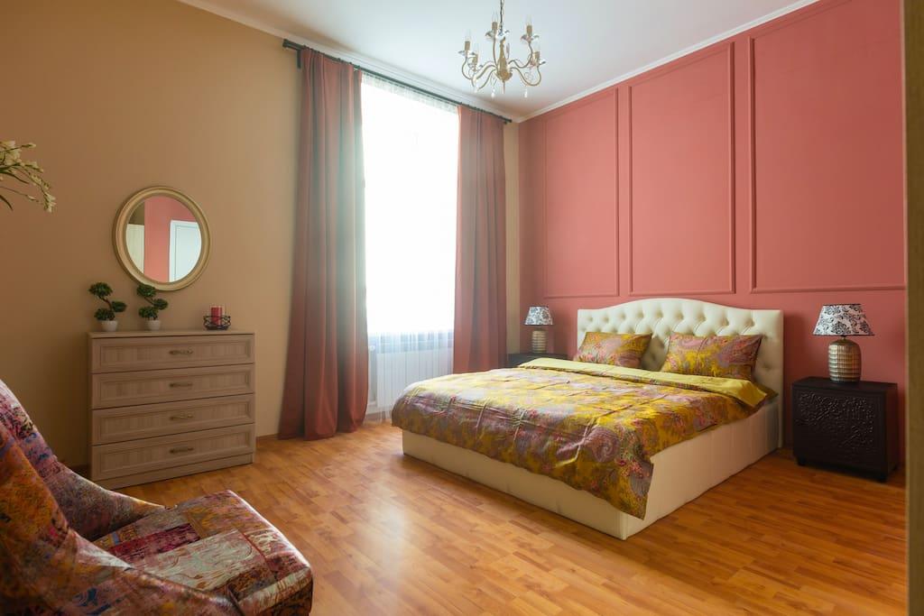 Master bedroom. Спальня