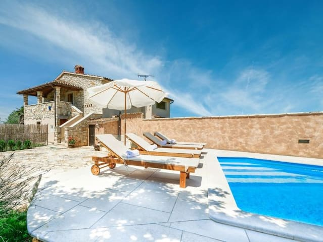Villa Norma - Rosini, Istria - Croatia - Stranići kod Nove Vasi - Huvila