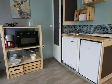 2 rooms 30m2 near verneuil station