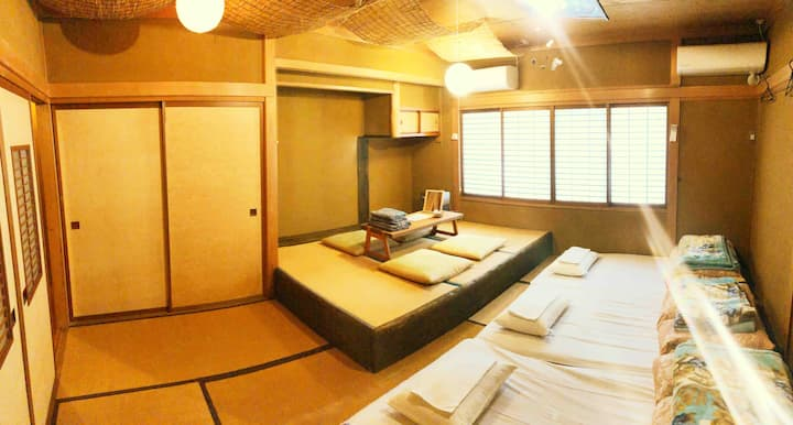 4名用個室/Private room for 4 persons