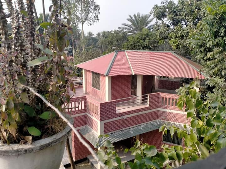 ECO HOME , LIVE WITH NATURE & SERENITY