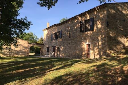 Provence, Lubéron, Mas Provencal - Ev