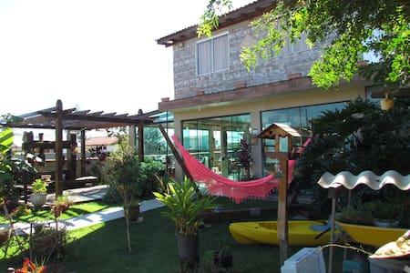 Casa na Praia da Pinheira