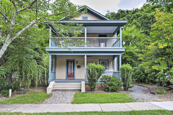 Charming Raleigh Apt. w/ Porch - Walk to Downtown!