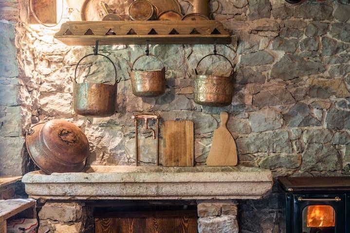 TORRE DEL GRIFONE nel medioevo di Cividale  Friuli