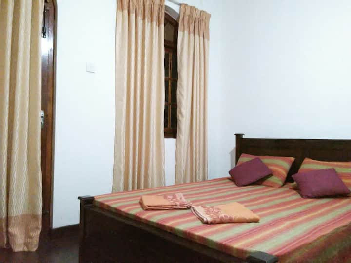 Calm and quiet place to stay . 43 Home Stay.