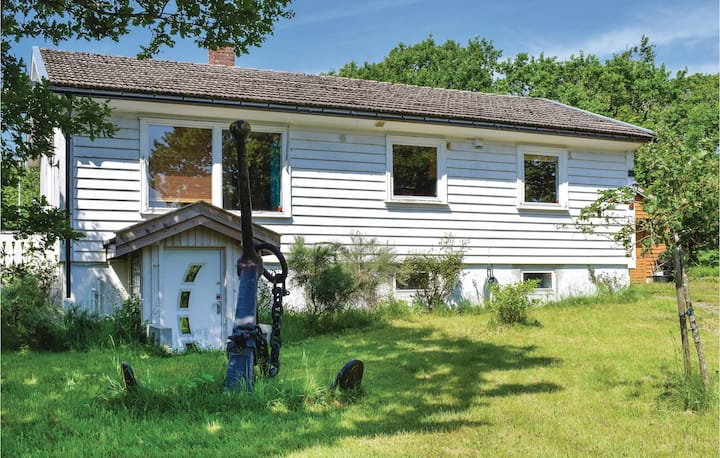 Amazing home in Tjøme with WiFi and 3 Bedrooms