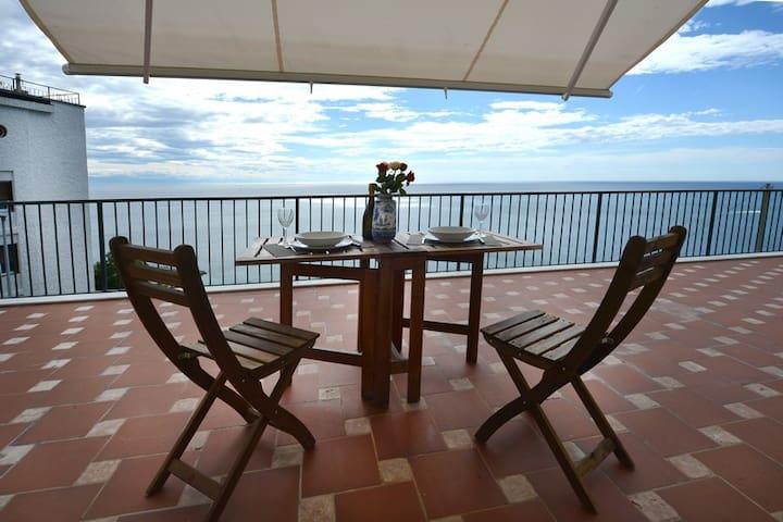 Bergeggi, casa al mare in Liguria. 009010-LT-0039