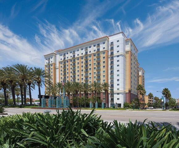 WORLDMARK-WYNDHAM, ANAHEIM  -A HOME AWAY FROM HOME