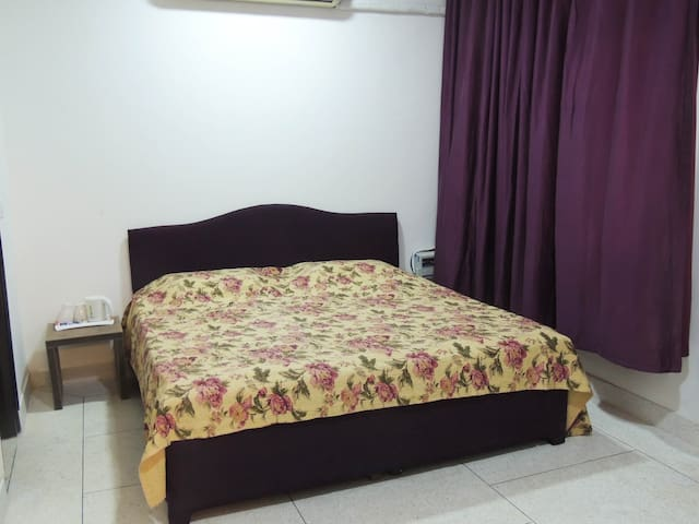 Room #Purple Rain