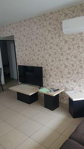 Habitacion privada con Minisplit en comodo Depto