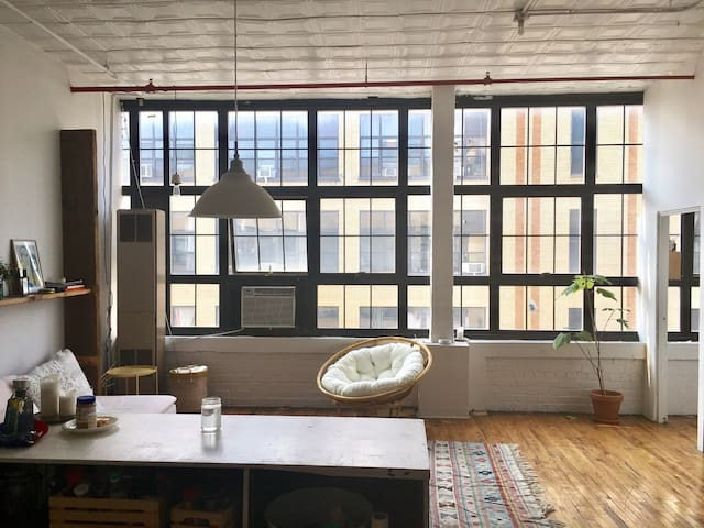 Private Room in Brooklyn Loft