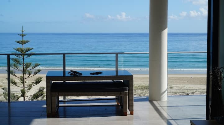 ! Kirra Beach for Xmas! Newly available. Book NOW!