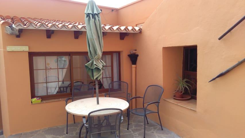 Casa  Canaria con encanto - Granadilla - Hus