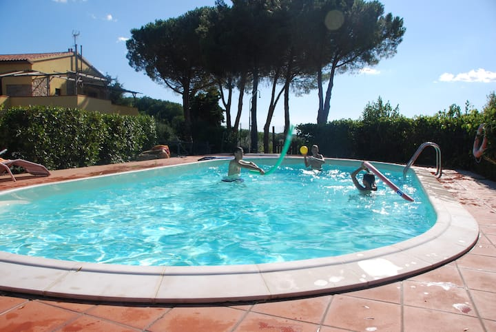 Appartamento con giardino a Castellina