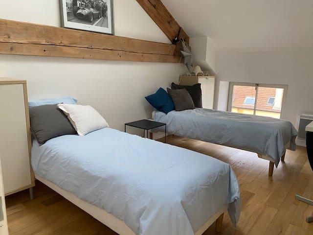chambre 2 : possibilité de grand lit