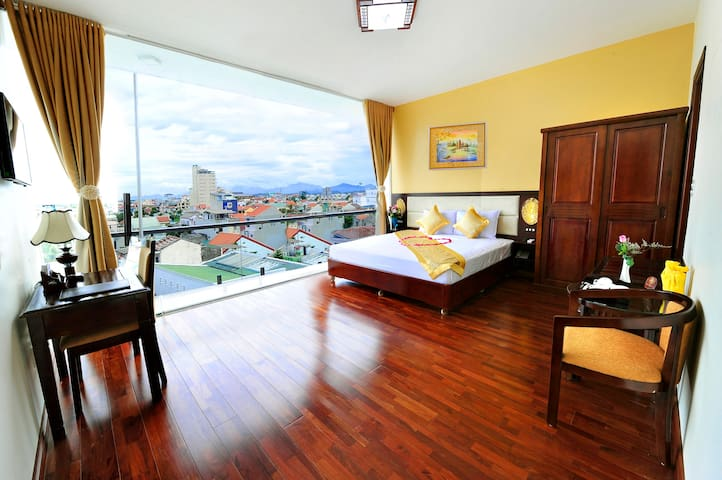 Balcony Deluxe Sky View - tp. Huế - Bed & Breakfast