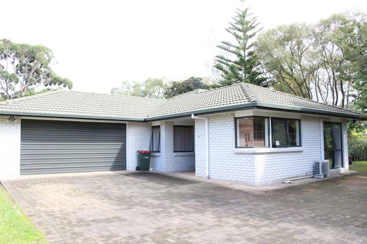 Lovely three bedroom home - Rotorua - Dům