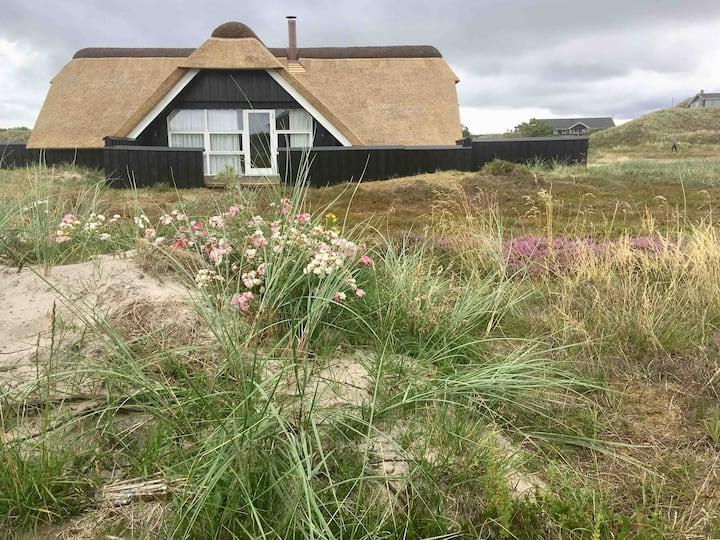 Cozy cottage, 92m2, Fast internet, AC, sauna