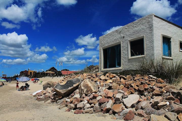 Casa Frente Al Mar - Parrillero, Estufa y WI-FI