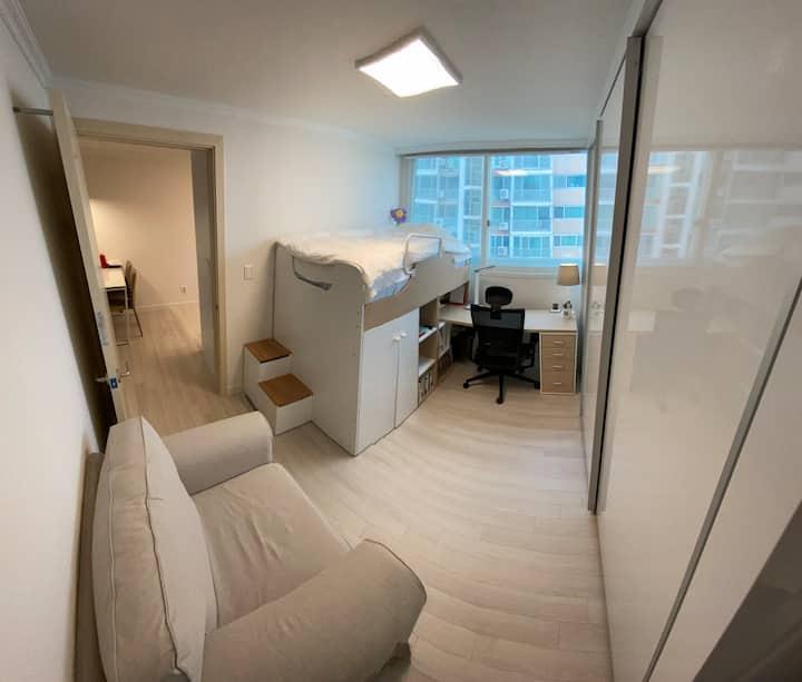 CheongDam Modern Style Apartment