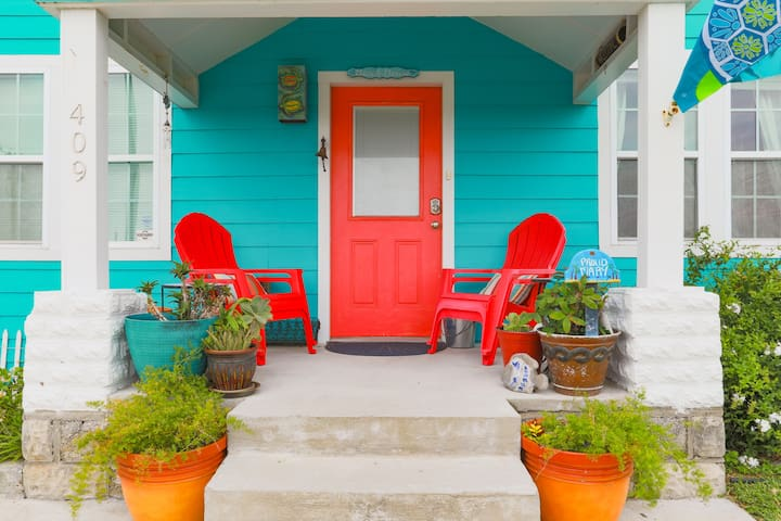 Front Porch for great ocean breeze