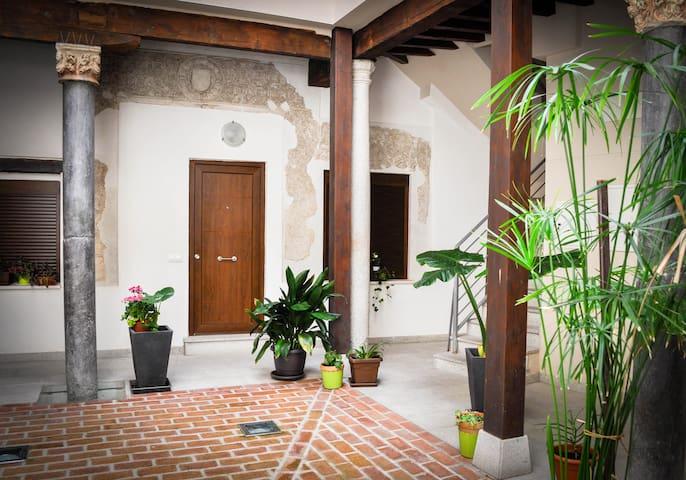 Apartamento céntrico en casco histórico de Toledo - Toledo - Wohnung