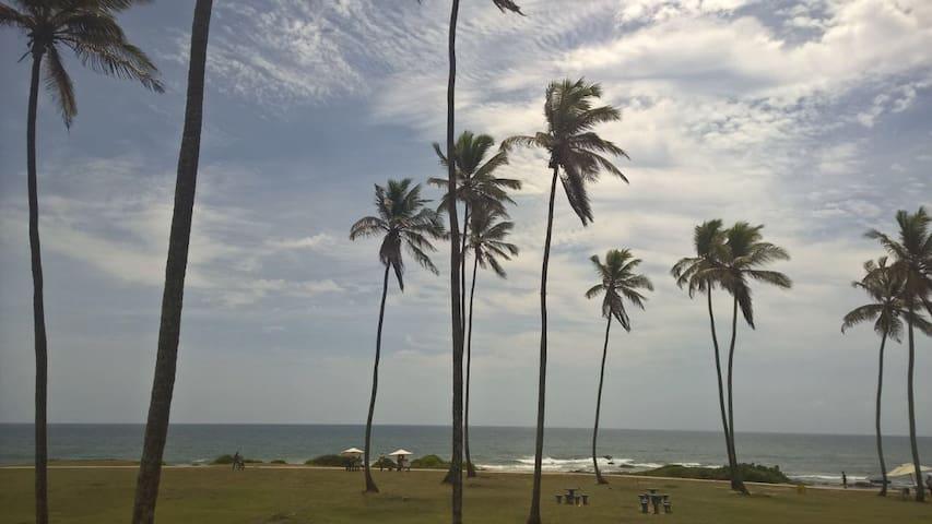 Aconchegante Apto 3 quartos no alto do Costa Azul