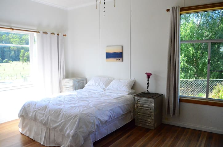 Country Cottage Close to Cygnet - Gardners Bay - Casa