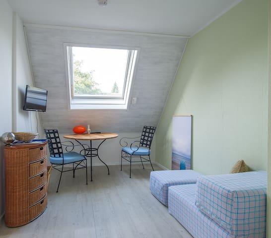 Kleine Wohnung in Einfamilienhaus