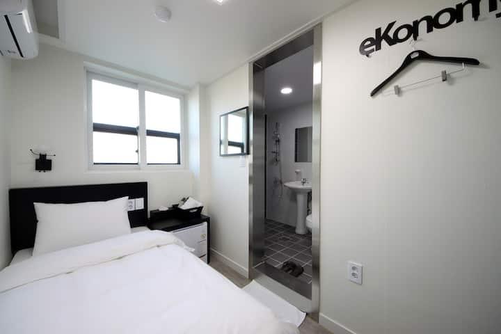 이코노미호텔 인천 (싱글룸)