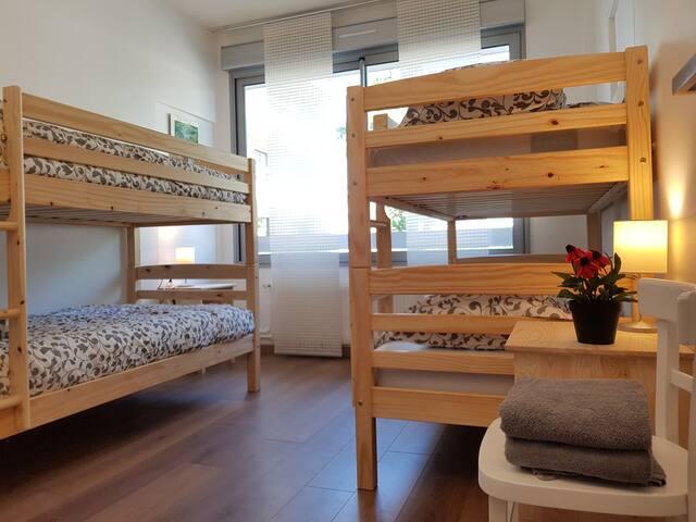 Chambre 2, Bedroom 2
