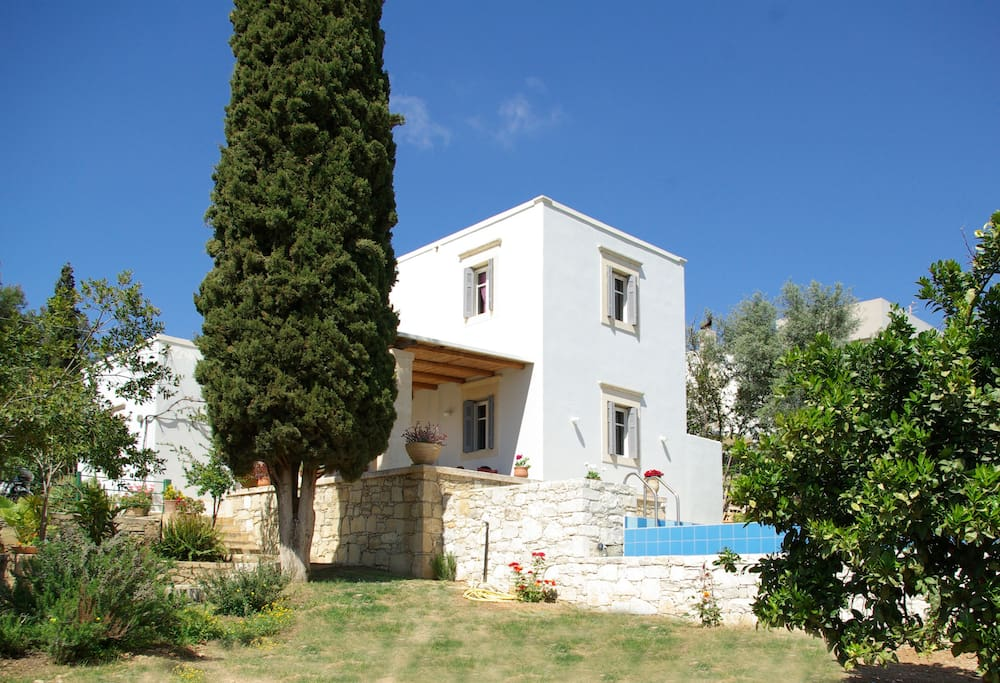 Villa Vigles with pool and garden