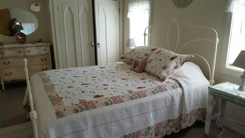 fletcher ponds bed and breakfast