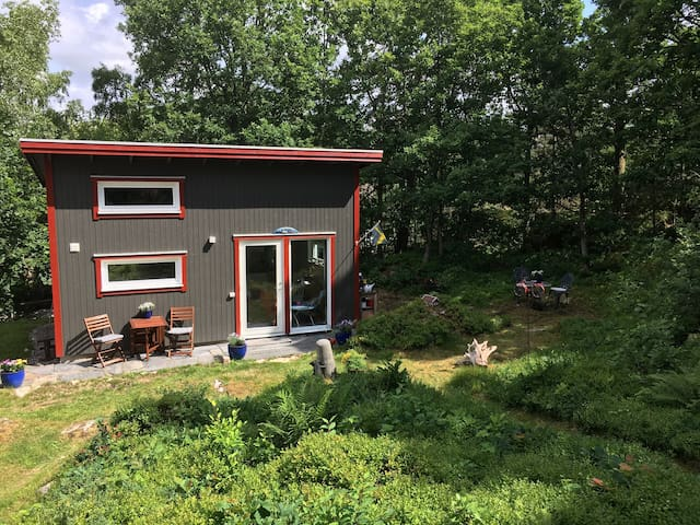 Cosy Guest House close to the Sea and Gothenburg