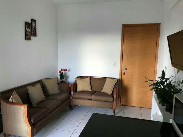 Apartamento setor sul, ótima região em Goiânia.