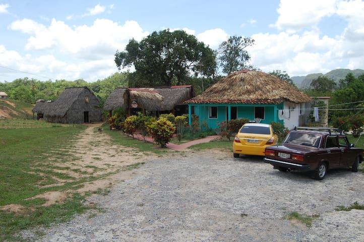 Villa Rojas (Casa completa)