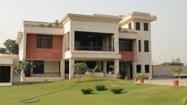 Vrindavan garden and resorts